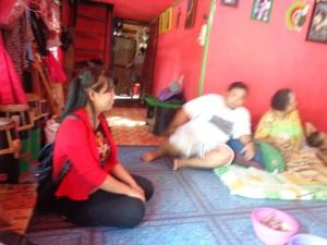 Diskusi santai dengan Ari & Keluarga